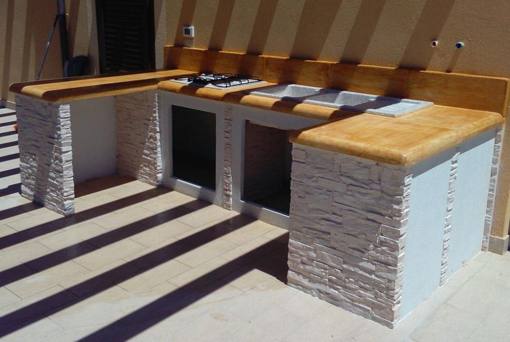 Cucina prefabbricata da esterno mod ouk14 miccich - Cucine da esterno in muratura ...