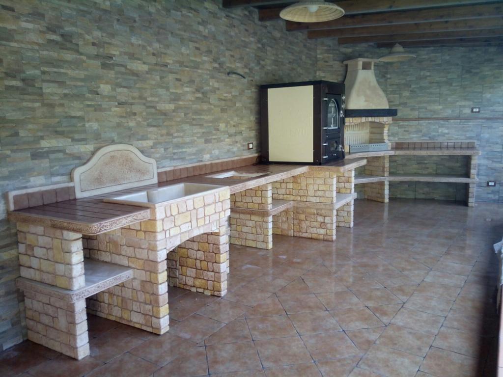 Piano Cottura In Muratura cucina prefabbricata da esterno mod. ouk12 – miccichè